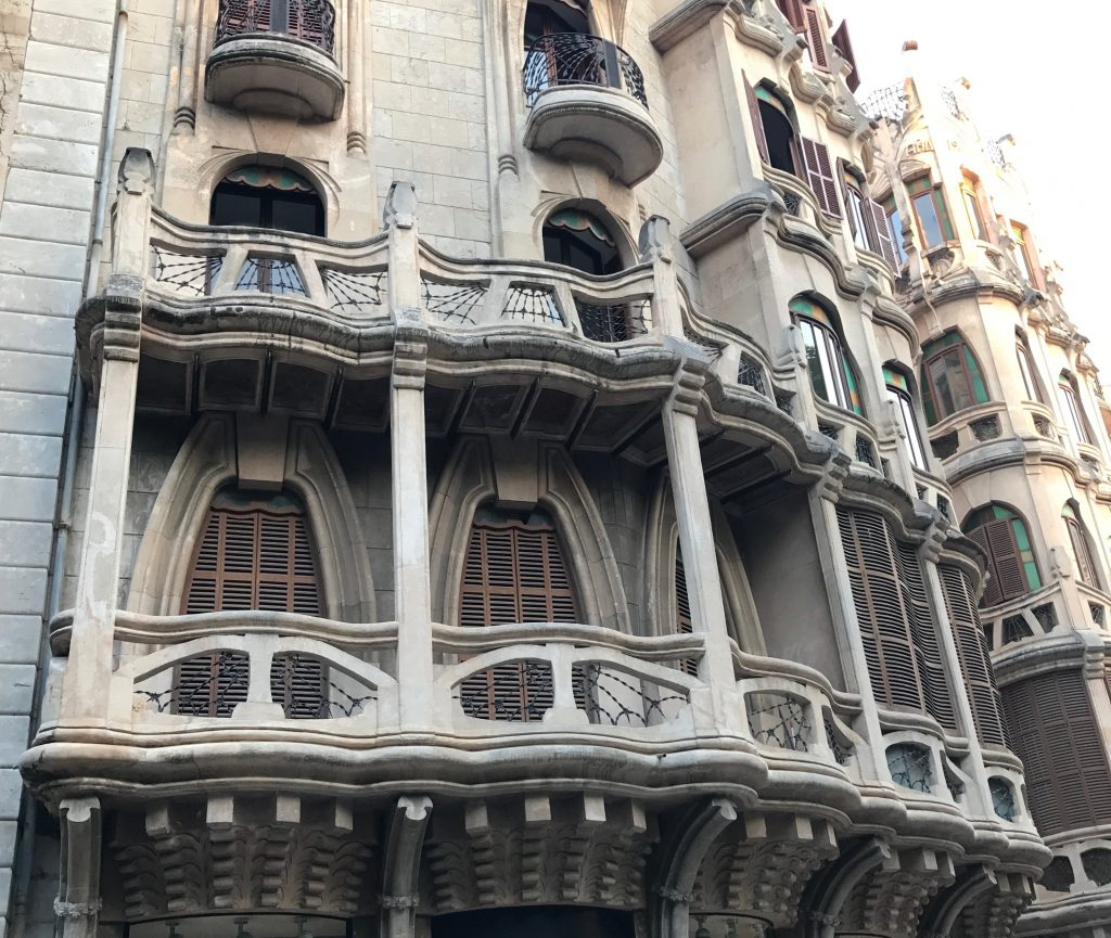 Feng shui of Palma de Mallorca buildings