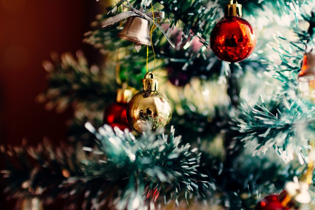 How to feng shui Christmas tree